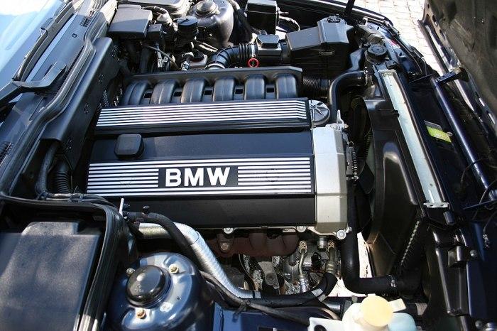 Моторы от BMW 1990-х годов не только очень надежны, но еще и довольно красивы.   Фото: ru.wikipedia.org.