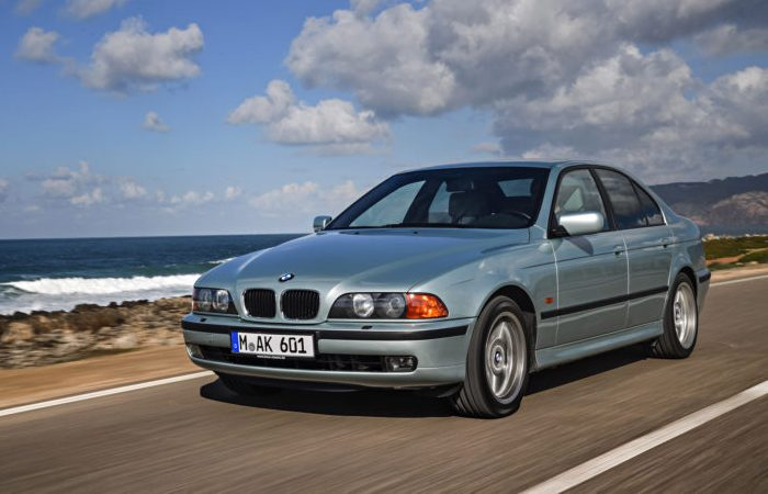 BMW E39 - баварская «пятерка» конца 1990-х.   Фото: bmwblog.com.