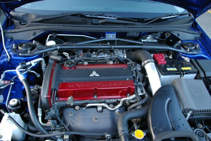 Легендарный двигатель Mitsubishi 4G63 под капотом Lancer Evo IX.   Фото: ru.wikipedia.org.