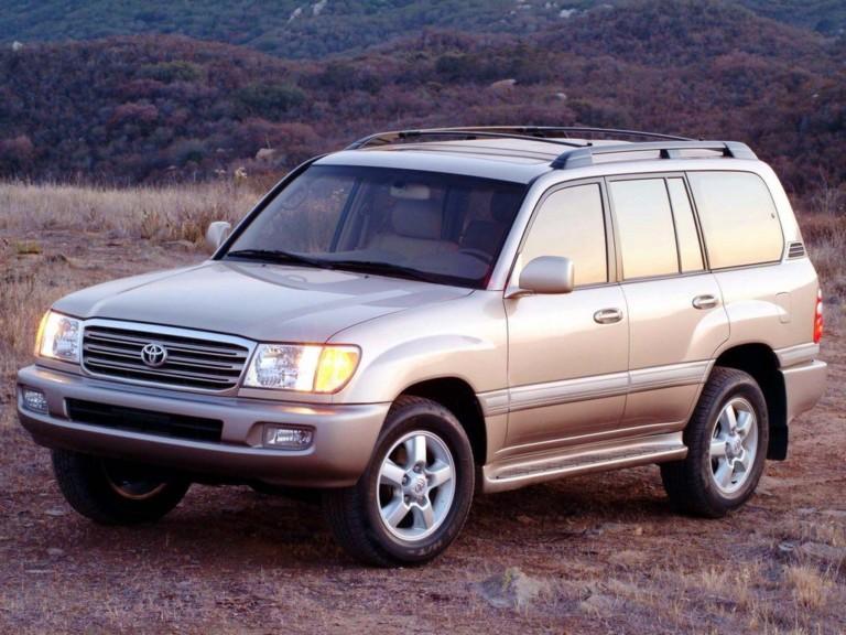 За що люблять і ненавидять Toyota Land Cruiser 100