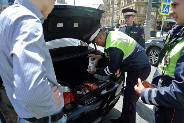 Українських водіїв штрафуватимуть за вміст багажника