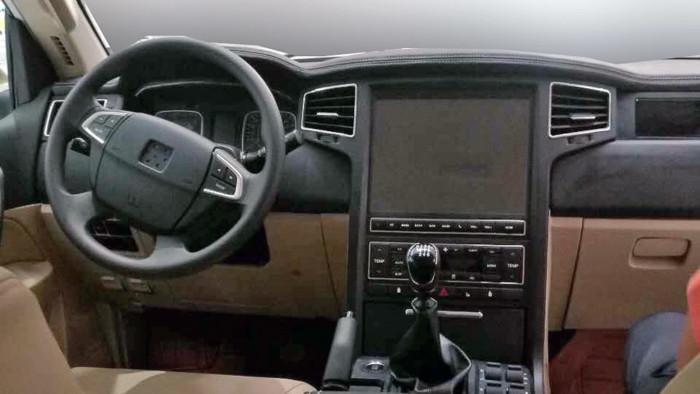 Китайці випустили власний Toyota Land Cruiser 200 втричі дешевший за оригінал